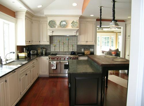 Kitchen-Paint-Color-with-White-Cabinets.jpg